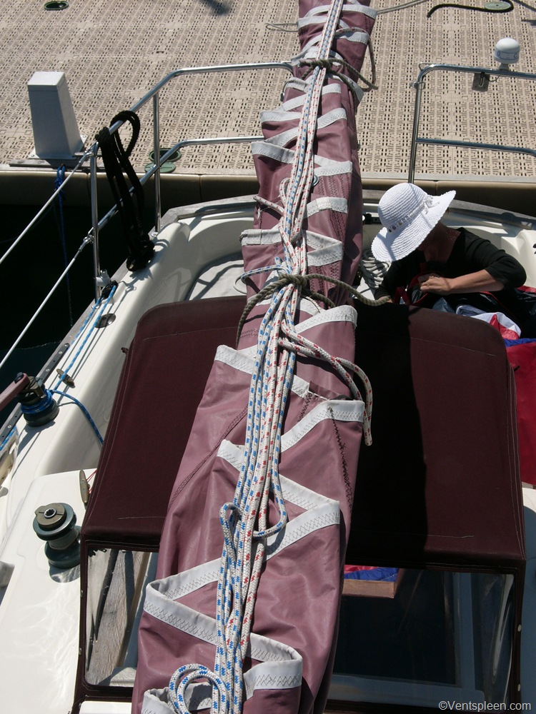 Reefing lines and Mainsail covers  An alternative approach